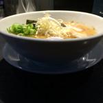 52763956 - 麺の坊晴天 鶏白湯しょうゆ 器