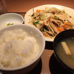 やよい軒 - 料理写真:肉野菜炒め定食