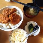 板鼻館 - タルタルかつ丼¥1000ご飯大盛り→無料