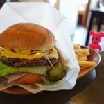 Footpoint - Caujun Burger(ケイジャンバーガー)880円【2016年6月】