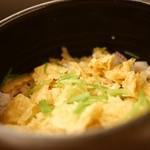 日本料理 晴山 - 揚げ湯葉と蛸の炊き込みご飯