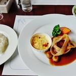 52767823 - 『神戸牛ハンバーグステーキ』(2732円)!!サラダ、ライス、コーヒー付~♪(^o^)丿