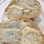 52776446 - まるパン(しげくに屋×前田農産)の断面。ふっくら、もっちり!!