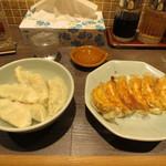 52777084 - 水餃子/焼餃子