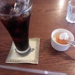 幡ヶ谷CAFE - 日替わりランチのドリンクとデザート