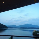 湖上館PAMCO - 日没…ツバメさんはいなくなりました( ˘ω˘ )