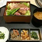 近江牛一筋 農家レストラン だいきち - 近江牛ステーキ重(2580円+税)