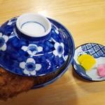 安田屋 - 3枚丼1200円