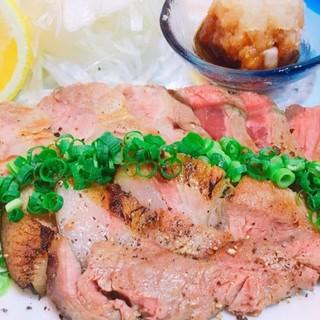体にもやさしい♪栄養豊富な沖縄県産の希少な豚『アグー豚』