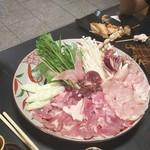 弥満喜 - 軍鶏鍋  キラキラ