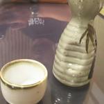 弥満喜 - 軍鶏鍋なら日本酒でしょ!連れ毎日が地獄らしいっす