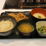 吉野家 - 2016年夏限定「麦とろ牛皿御膳」です。