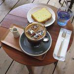 バーミリオンカフェ - アイスコーヒーとバニラケーキ(2016.06)