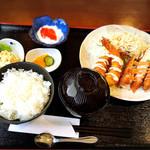 蓮 - ダブルフライ定食700円。