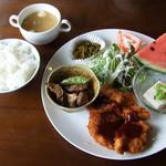 海辺の喫茶店 - 料理写真:ランチ A