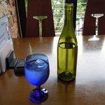 5282587 - グラスとボトル