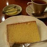 ダッキーダック - 紅茶のシフォンケーキ