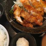 となりのごはん - 料理写真:名物 チキン南蛮焼き定食
