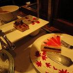 5284278 - キャラメルとカフェのムース、ミックスベリーのレアチーズケーキ