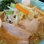 七海 - 料理写真:野菜みそとんこつ