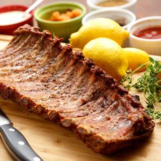 ガッツリご飯にも◎ボリューム満点パスタや豪快骨付き肉を堪能