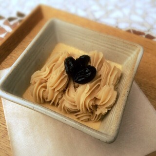 こぉか茶と胡麻のモンブラン