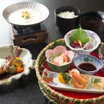 天然本にがり寄せ豆腐と釜飯 魚信 - 料理写真: