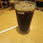 ドトールコーヒーショップ - アイスコーヒーMサイズ。