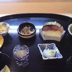 修伯 - 目に楽しい旬の御料理