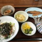 磯料理 魚伝 - まご茶漬け定食 1980円