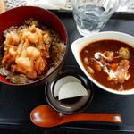 ターニップ - 海鮮かき揚げ丼と牛スジシチュー(サラダ、ドリンク付き)1,000円