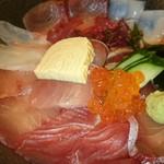 52854227 - 海鮮丼