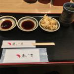 回転寿司 寿し一貫 - 回転寿司 寿し一貫 あぞうの店(高知県高知市薊野北町)ガリと醤油