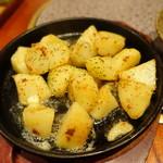 鶏創作料理 成松 - ジャガバター焼