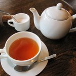 カプチーニ - 「パスタランチ(\950)」の食後紅茶。