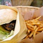 Hamburger Cafe UNICO - NASUバーガーとポテチ♡