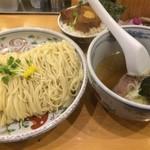 らーめん いまるや - 塩つけ麺特盛+角煮ご飯【料理】