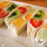 ヤオイソ - 料理写真:スペシャルフルーツサンドセット