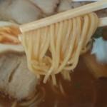 太陽軒 - やや太麺