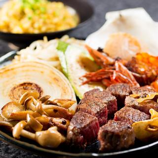 海鮮・肉・野菜をふんだんに。鉄板料理で愉しむ北海道の食材