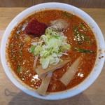 信長ラーメン - 赤いラーメン 麺大盛