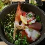 TERU - 海鮮丼