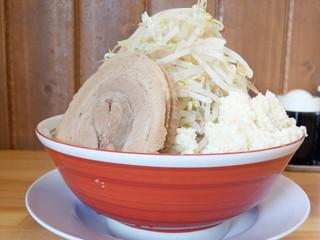 麺や 豚八 - ラーメン(シングル)+ヤサイ増しにんにく増し増し