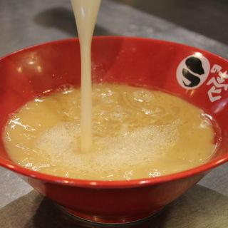 「旨み」「こく」「香り」を引き出したオリジナルスープ