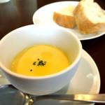 52879004 - パスタランチ:冷製コーンスープ、とーっても美味しい