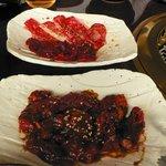 焼肉 ぐろーばる - 料理写真:手前はハラミ、奥はカルビ&ロース