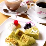 ねこぐるま - 料理写真:ニャンホンケーキ® ふわふわです!