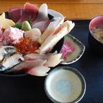 漁師料理 かなや - かなや海鮮丼セット