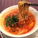 中国料理 桂林 - 担々麺 胡麻辛味そば 税込1,242円