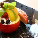 ティーエヌカフェ - 丸ごと焼きりんご